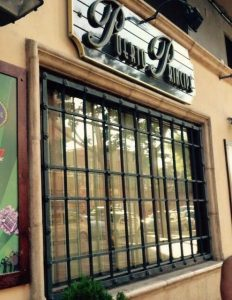 """Actuación Cía. Los Guaracheros en VIII """"Fiesta de Blanco"""" en Pub Puerto Príncipe."""